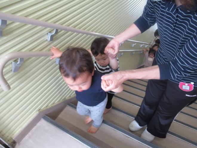 1歳児たまご組 先週の様子です。
